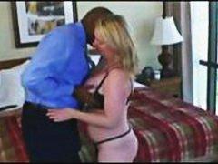 Porn: अधेड़ औरत, बुड्ढी औरत, चूत में वीर्य