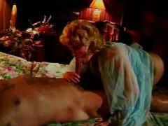 Porr: Klassiskt, Vintage, Långt Ner I Halsen, Blond