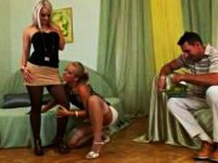 Porn: Սեքս Երեքով, Գուլպա, Շեկո, Մաստուրբացիա