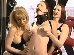 Porno: Latexe, Threesome, Në Grupë, Fetish