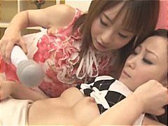 პორნო: კოცნა, გოგო, ლესბოსელი, სათამაშო ყლე