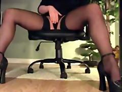Porno: Masturbime, Me Brekë, Në Zyre, Me Taka