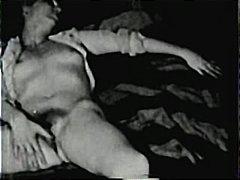 Porno: Lezbi, Tüklü, Yeniyetmə, Məhsul
