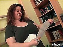Porno: Kök, Göt, Döşlər, Fitnes Mərkəzi