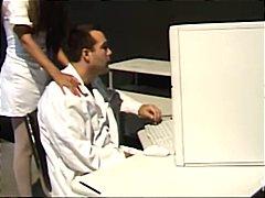 Porno: Pošvy, Brunetky, Trojka, Lesbičky