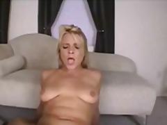 Porn: मिल्फ़, चूंचियां, मां, सुनहरे बाल वाली