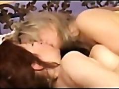 Porno: Lezbi, Yeniyetmə, Yaşlı
