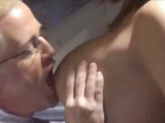 Porno: Eynəklər, Yatmaq, Sifətə Tökmək, Böyük Döşlər