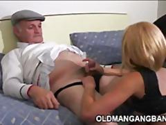 Pornići: Redaljka, Trougao, Stari Sa Mladima