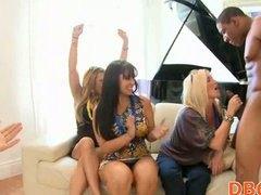 Porno: Striptiz, Ağır Sikişmə, Həvəskar, Çalanşik