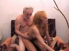 Porno: Yeniyetmə, Yaşlı, Kişi, Rus