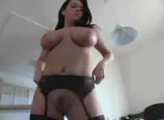 Lucah: Porno Hardcore, Tetek Mantap, Awek, Punggung Mantap