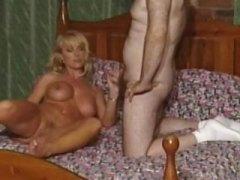 Porn: भारी भरकम, वयस्क, भयंकर चुदाई, मर्द