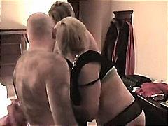 Πορνό: Ώριμη, Θηλυκό-Θηλυκό-Αρσενικό, Στοματικό