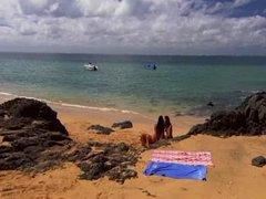 Bold: Tatluhan, Beach, Malupit, Brown Ang Buhok