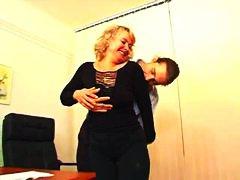 Porno: Zralý Ženský, Starý S Mladýma, Kancelář, Zarostlý