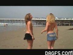 Porno: Bikiinid, Avalikus Kohas, Naljakas, Blondid