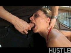 Porn: हलक में, पत्नी, मुखमैथुन
