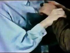 ಪೋರ್ನ್: ಹಳೆಯ ಶೈಲಿ, ಆಟಿಕೆಯೊಂದಿಗೆ ರಸಿಕತೆ
