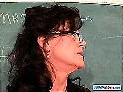 Lucah: Matang, Wanita Gemuk, Guru/cikgu, Pelajar