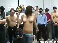 Porno: Txeques, Festes, Bang, Casolà