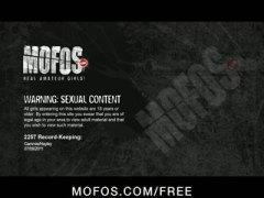 Porno: Purjus, Pidu, Tissid, Suured Rinnad