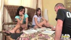 جنس: مراهقات, بنات, حب الأرجل, منى