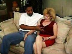 Porn: Debeluške, Črnka, Starejše Ženske, Babica