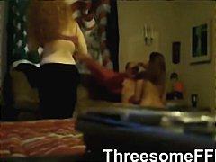 Porno: 2 Femmes 1 Homme, Femmes Mûres, Amateurs, Trios