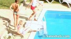Porno: Tínedžerky, Amatéri, Pri Bazéne, Lesbičky