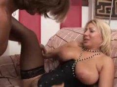 Porn: Իտալական, Շան Նման, Շեկո, Մայրիկ