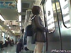 جنس: في العلن, خارج المنزل, بنات مدارس, يابانيات