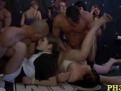 Porno: Në Grupë, Amatore, Në Klub, Në Grupë