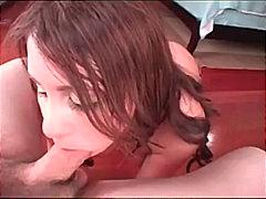 Porno: Iri Döşlü, Siqaret Çəkən, Böyük Döşlər, Döşarası