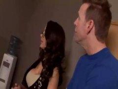 Порно: Групно Ебење, Големи Цицки, Група, Бринета