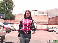 Porno: Sifətə Tökmək, Böyük Döşlər, Kürən, Çöldə