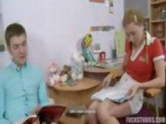 Porno: Krievi, Ejakulēšana Sejā, Tīņi, Meitenes