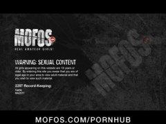 Porno: Me Ish Të Dashurën, Pov, Cicëmadhet, Cicëmadhet