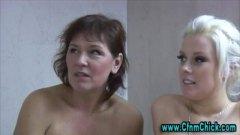 جنس: كاسيات, تستمنى زبه بيدها, تقييد وسادية, نساء مسيطرات