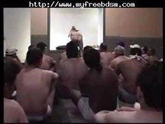 Porno: Vyvrcholení, Ponižování, Bukkake, Otroci