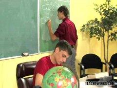 פורנו: אנאלי, צעירות, הומואים