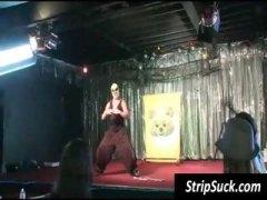جنس: زبار, رقص, خلع الملابس, مجموعات