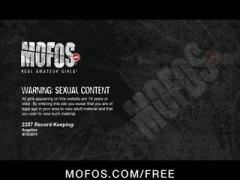 Porno: Lingerie, Tinejgjerkat, Me Ish Të Dashurën, Masturbime