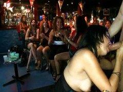 جنس: مص, حفلة, القذف