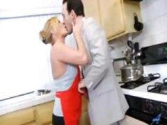 Porno: Striekanie, V Kuchyni, Fajka, Domáce Paničky