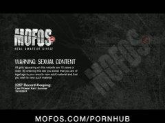 Porno: Me Ish Të Dashurën, Në Ndeja, Threesome, Tinejgjerkat