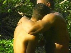 Seks: Anal, Tempat Umum, Gay