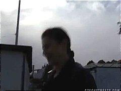 ಪೋರ್ನ್: ಎದೆ ತುಂಬಿದ, ಬಾಯಿಯಿಂದ ಜುಂಬು