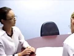 Porno: Aukštakulniai, Sekretorės, Hardcore, Kojinės