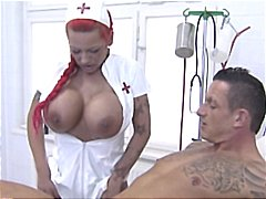 جنس: ممرضات, نهود كبيرة, نيك قوى, صهباوات
